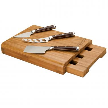 Personalized Bamboo Cheese Set