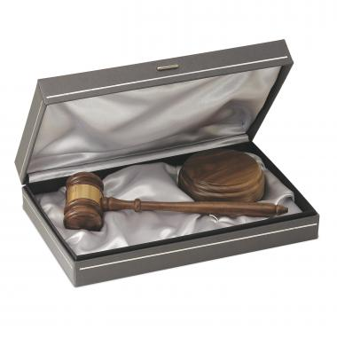 The Statesman Personalized Gavel Set