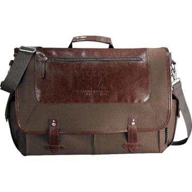 "Field & Co.® Classic 15"" Computer Messenger Bag"